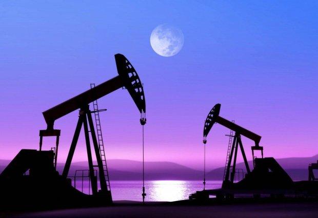 Ціна на нафту різко злетіла: скільки дають за Brent і WTI