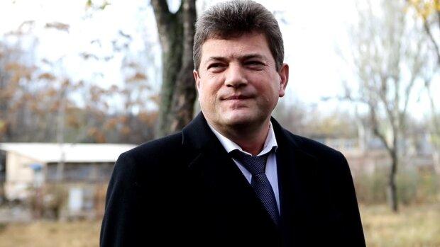 В джинсах и кожанке: мэр Буряк в новом амплуа призвал запорожцев встать с диванов