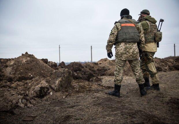 Українці найбільше вірять армії, Зеленський навіть не на другому місці, - опитування