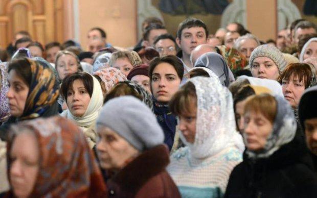 """""""Обожествили"""" пропаганду: росіян зомбує нова церква"""