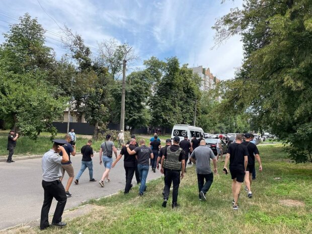 «Нацкорпус» прогнал сторонников «ОПЗЖ»