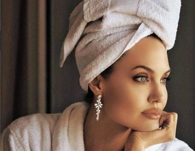 Джолі//www.instagram.com/angelinajolie_offiicial