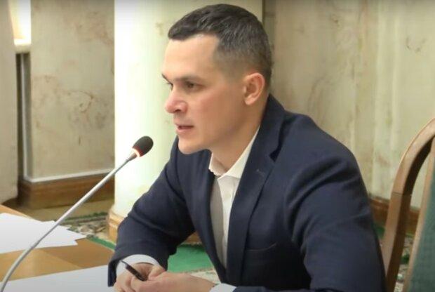 Олексій Кучер, скріншот з відео