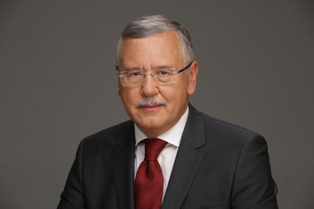 Гриценко: Врегулювати ситуацію на Донбасі можна лише у форматі чотиристоронніх переговорів