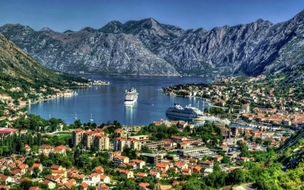 Гуманоїди перейшли до нападу: у Чорногорії з'явилася гігантська воронка