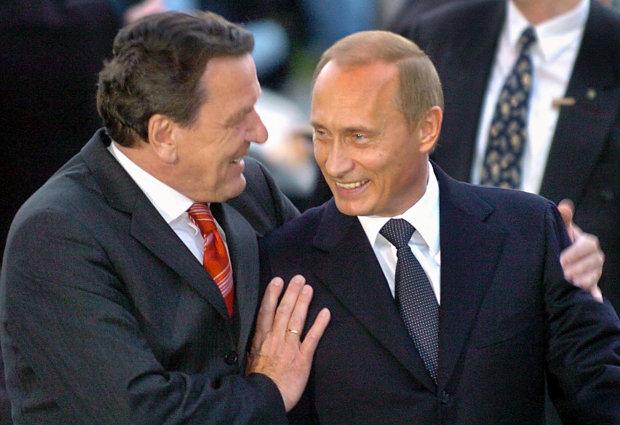 """До """"Чистилища"""" прибуло: канцлера Німеччини підловили на походеньках з Путіним"""