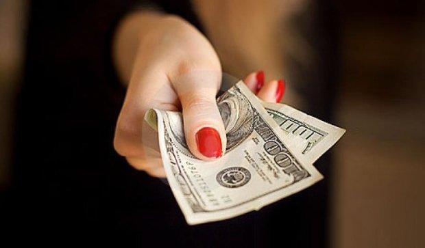 Во Франковске члена приемной комиссии поймали на взятке в $1300