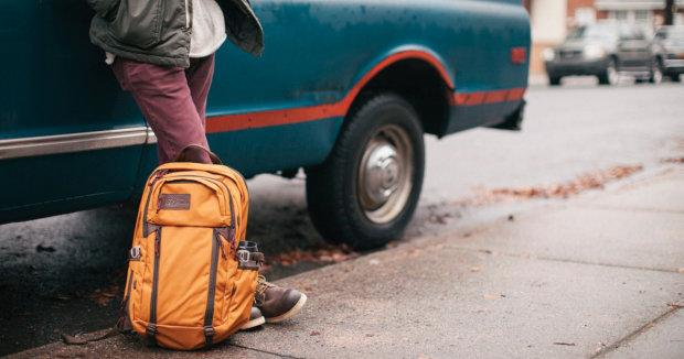 Український додаток TravelPost: як заробляти в подорожах