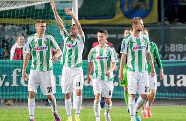 ФФУ сняла с «Карпат» запрет на покупку новых игроков