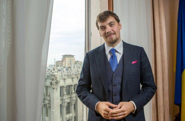 Новий прем'єр-міністр України Гончарук готовий діяти: взявся за ПриватБанк, казино та навіть субсидії