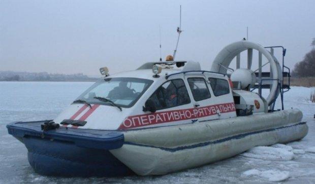 С дрейфующих льдин спасли более 30 рыбаков