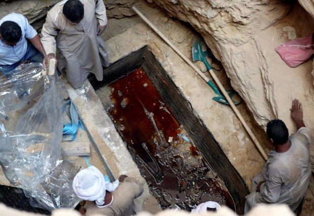 Мумия оберегала тайну: на древнем саркофаге обнаружили необычный текст