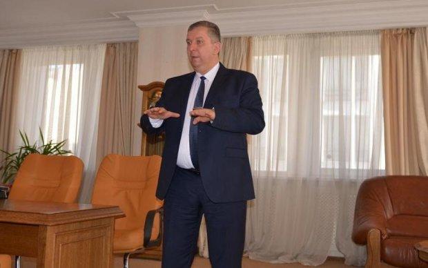 Міністр натякнув, що навіть вимирати українці повинні за власний рахунок