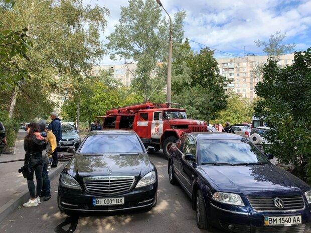 """""""Чтоб ты там горел"""": харьковчан взбесил маршрутчик, мешавший пожарным спасти ребенка"""