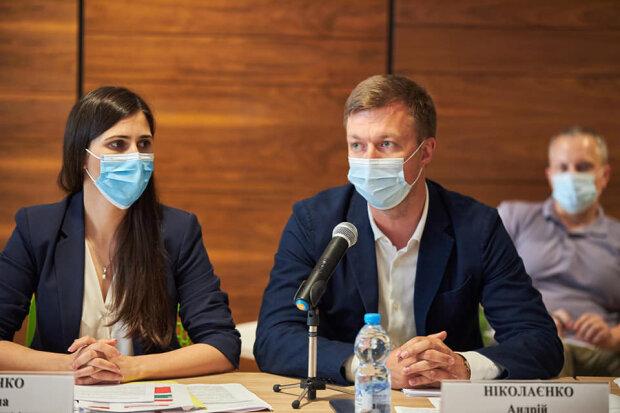 Андрей Николаенко и Галина Янченко