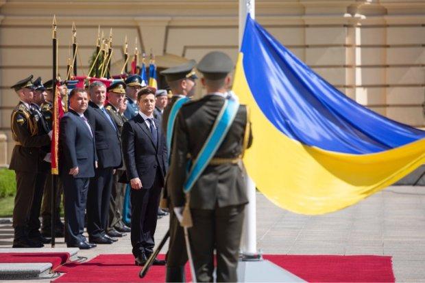 Зеленський подав закон про люстрацію: до чого готуватися Кабміну, НБУ, СБУ і навіть самому президенту