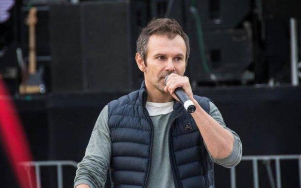 В новой песне Вакарчука заметили намек на президентство