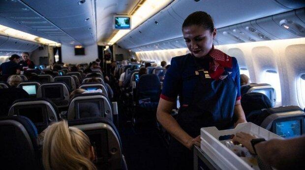 В самолете, фото pxhere