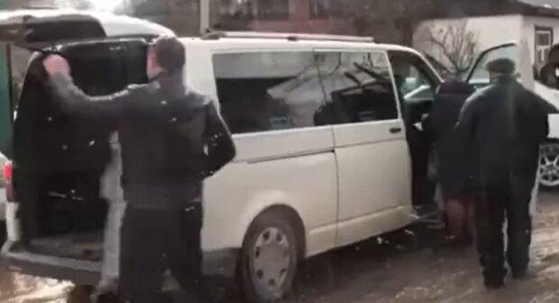 Выборы на Прикарпатье, кадр из видео: Facebook Рух ЧЕСНО