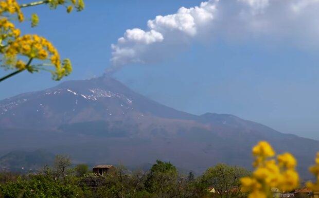Вулкан Етна, фото: youtube