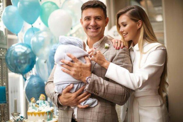 Тищенко с женой и ребенком