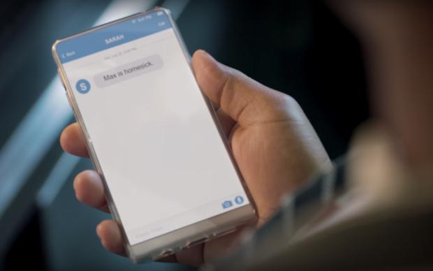 Безрамочный смартфон от создателя Android заметили в рекламе Michelin