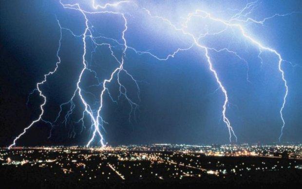 Очаги дьявола: ученые выяснили, куда молнии бьют чаще всего