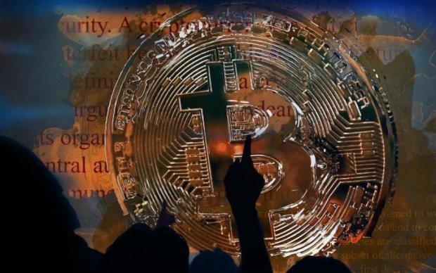 Курс біткоїна на 14 квітня: криптовалюта захопила нову висоту