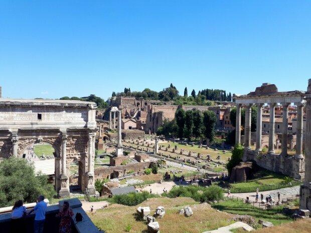 Ховалася 2 тисячі років: у палаці імператора Нерона вчені знайшли таємну кімнату з фантастичним сюрпризом