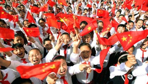 """Война против религии: Китай """"лечит"""" верующих песнями, алкоголем и пытками"""