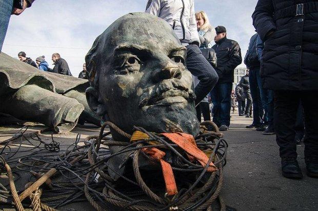 Круговорот Ленинов в Украине: историк рассказал, куда подевались диктаторы