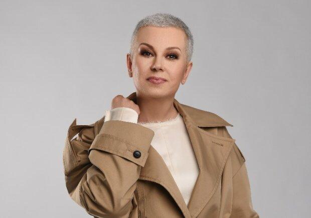 """Алла Мазур после борьбы с раком не закрасила седину и заговорила о любви: """"Я стала смелее"""""""