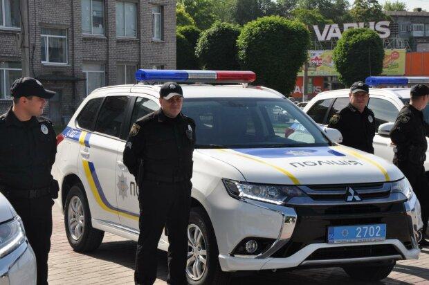 Під Дніпром матір-садистка зачинила трьох дітей в квартирі смерті: подробиці і кадри не для слабкодухих