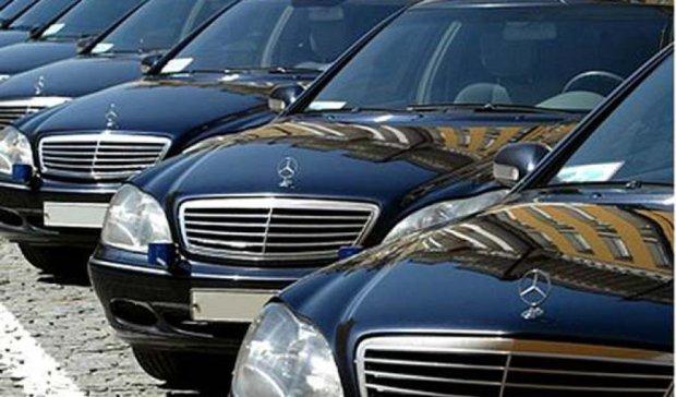 Депутати не захотіли обкладати податком свої автівки