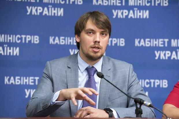 """Українці поставили новому прем'єру Гончаруку низку ультиматумів: комуналка, """"економічне диво"""" та багато іншого"""