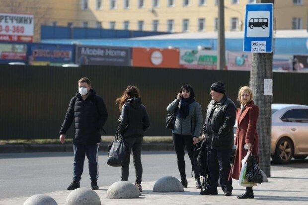Стихия готовится ударить по украинцам в апреле, рано расслабились: зальет и заморозит