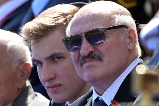 Лукашенко с сыном на параде в Москве, фото из свободных источников