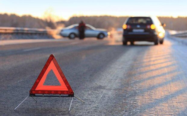 Во Львове подросток угнал машину и погиб за рулем: карма настигла