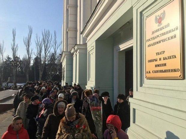 """Похороны Гиви: боевики """"немножко"""" ошиблись в подсчетах"""