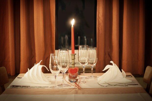 Романтична вечеря вдома