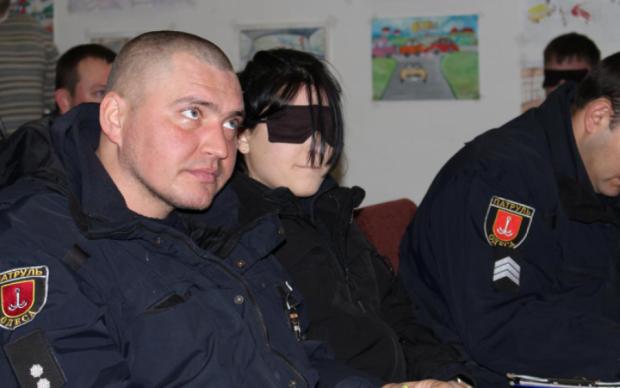 Напівгола слідча напідпитку влаштувала ДТП в Одесі