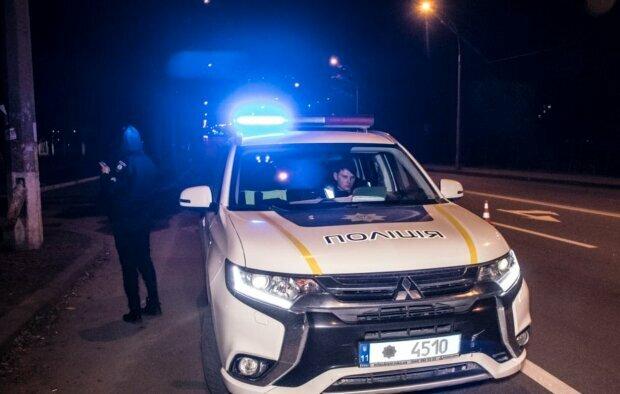 Українець з каструлею на голові влаштував справжній погром у Mcdonald's: руйнував все навколо