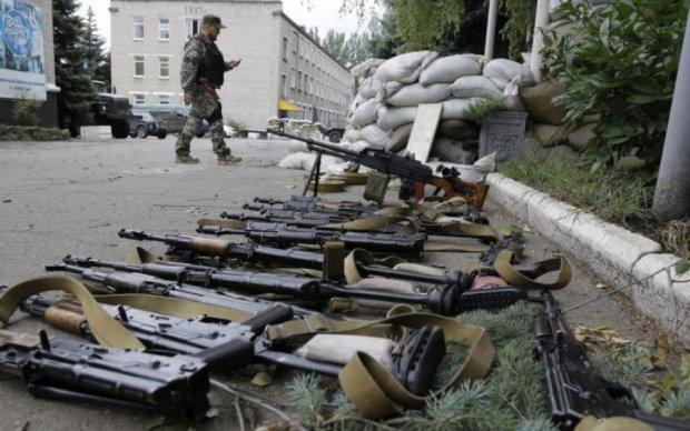 Сувеніри з Донбасу: бійці розповіли, навіщо везуть зброю в мирну Україну