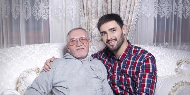 Виталий Козловский с отцом, скриншот: Youtube