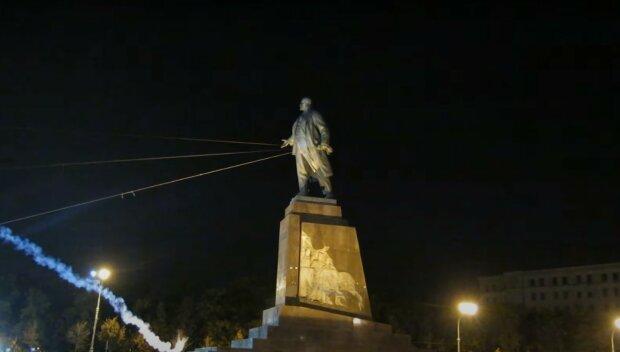 пам'ятник Леніну в Харкові, скріншот з відео
