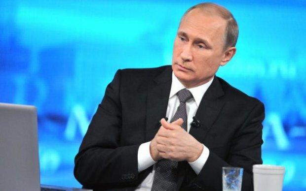 Хрещений батько: в мережі показали несподівану родичку Путіна