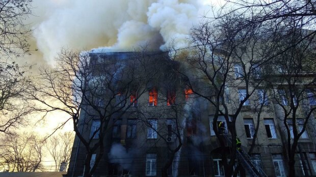 Пожежа в Одесі, фото ZIK