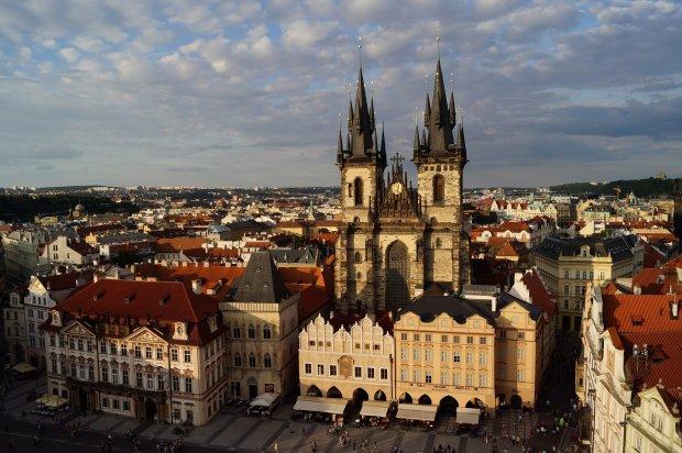 Главное за ночь: чешское гражданство для украинцев и крах Ryanair