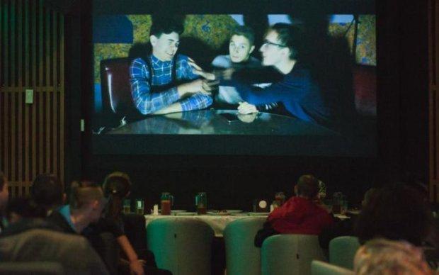 """""""5 елемент"""", """"12 стільців"""": легендарним фільмам подарують нове життя на фестивалі ремейків у Вінниці"""