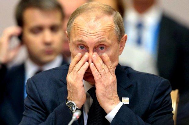 """Розлючений росіянин """"зніс"""" Путіну півобличчя: відео шириться мережею, українці в екстазі"""